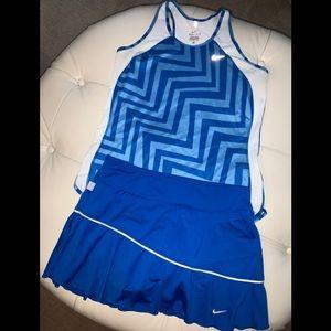 Nike women's tennis skirt/top med